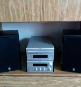 Ямаха: ресивер, DVD/CD плейер, колонки