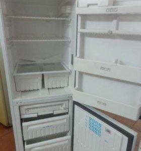 двухкамерный холодильник Стинол 144а