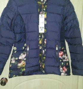 Куртка новая 50р