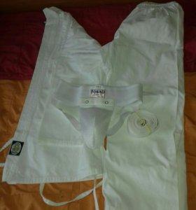 Кимоно новое с защитой , шорты в подарок !