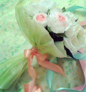 Букеты цветов из гофрированной бумаги