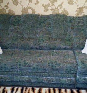 Угловой диван и кресло .
