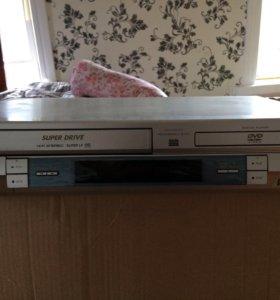 Видеомагнитофон & DVD CD