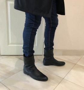 Осенние кожаные ботинки Cavalli