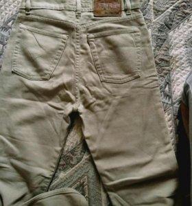 Мягкие джинсы.