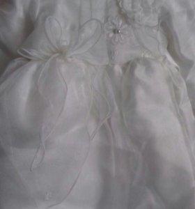 Нарядное платье из парчи