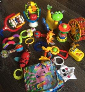 Детские игрушки+ развивающий коврик