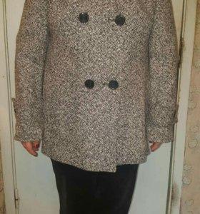 Пальто женское размер 50-52