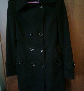 Пальто женское 42-44 р