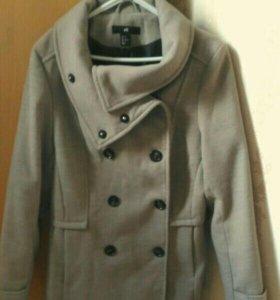 Пальто женское шерстяное(новое)