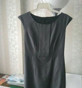 Платье футляр серое р.44-46 (38)