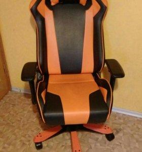 Компьтерное кресло DXRacer King