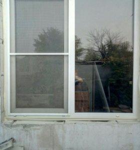Продам два пластиковых окна