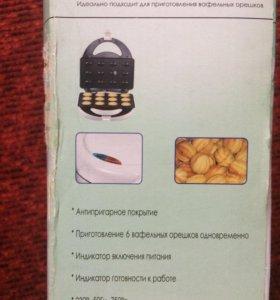 Электровафельница(орешница)