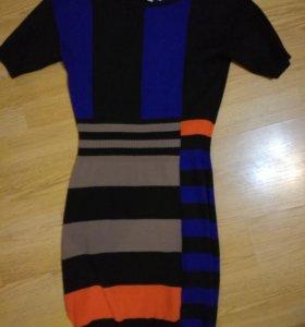 Платье,туника moschino