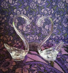 Лебеди стекло