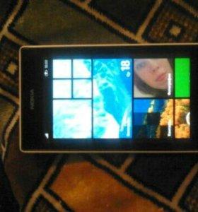 Телефон Нокия Люмия 525