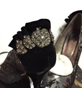НОВЫЕ. Туфли женские.