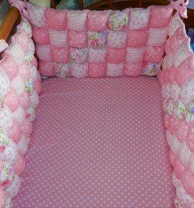 Бортики бомбон для детской кроватки.
