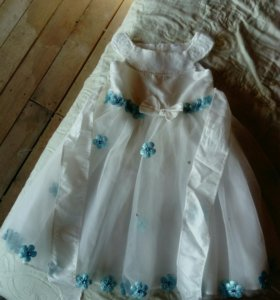 Платье на утренник 2-3 года