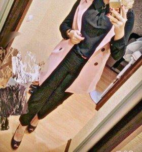 Жилетка,брюки,блузка