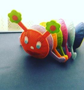 """Развивающая игрушка из фетра """"Гусеница"""""""