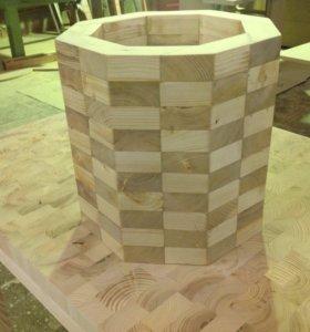 Деревянное кашпо для растений, объём 30 литров.