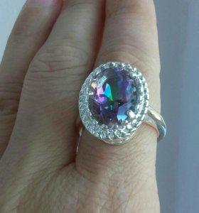 Кольцо серебряное с вставкой мистик-топаз
