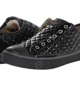 Ботинки UGG р-р 40