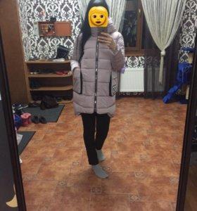 Куртка в идеальном состоянии,в носке 2мес