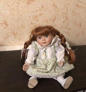 Фарфоровая кукла(музыкальная)