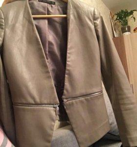 Кожаная куртка из ЭКО кожи