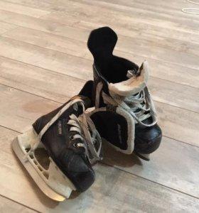 Коньки хоккейные bauer supreme 140 yth