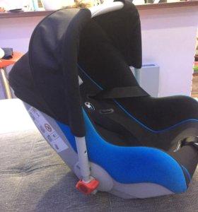 Автокресло BMW Baby sit 0+ isofix