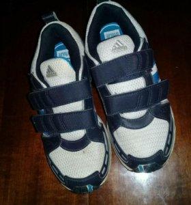 ОБУВЬАdidas кожа оргинал+осенние ботинки, в идеале