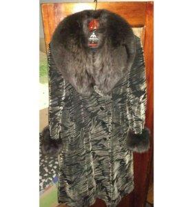 Зимнее пальто с натуральным мехом из песца 52-54р.