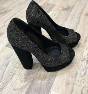Туфли ALDO новые 35-36 размер