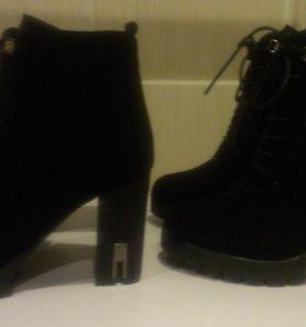 Новые ботинки (осень) 39 и 40 размеры
