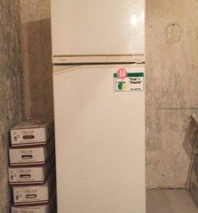 Холодильник Fujeta