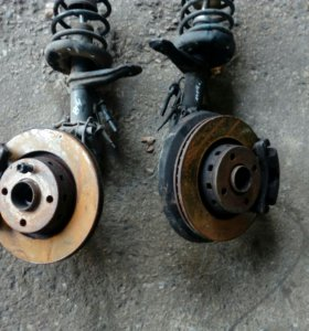 Передние амортизаторы Audi 80 b4 ауди 80 b3 б4.
