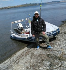 Лодка 380 с мотором honda 9,9 + телега