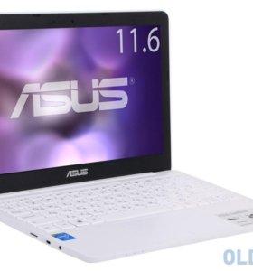 Ноутбук ASUS EeeBook X205Ta 90NL0731-M02450