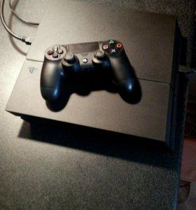 Playstation 4 В комплекте 3 игры