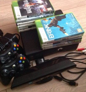 Xbox 360 slim +2 геймпада+игры