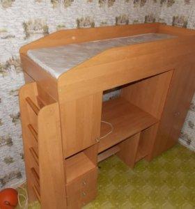 Кровать-чердак для школьника