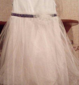 Платье на девочку 3-4 годика
