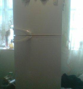 Продам холодильник Дэу
