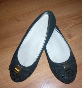 Школьные туфли. Размер 33.