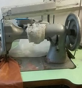 Машинка швейная промышленная