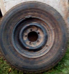 колесо на УАЗ 1 шт
